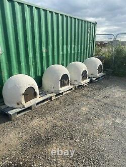 Brick outdoor pizza ovens. Heavy duty well made ovens. Delivery available