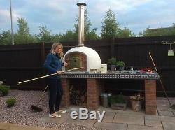 Brick outdoor wood fired Pizza oven 1100mm Amigo Ovens