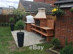 Brick outdoor wood fired Pizza oven 1100mm Entertainer Amigo Ovens