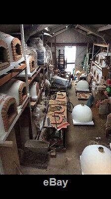 Brique En Plein Air Bois Fired Four A Pizza De Amigo Fours Uk Fabricants